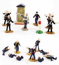 1/43ème 10 POMPIERS - 6 POLICIERS / jouet ancien