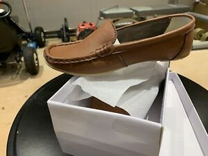 Leather Ladies Tan Loafers Non Slip Rubber Sole Size 6
