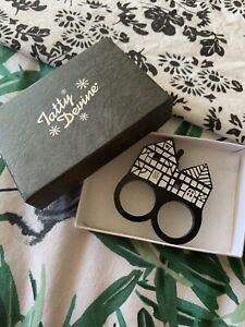 Tatty Devine Tudor House Ring