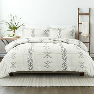 Home Collection Premium Down Alternative Urban Stitch Patterned Comforter Set