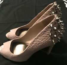 Simply Vera Wang high heels WITH SPIKES Women size 9US