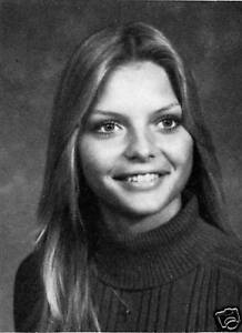 MICHELLE PFEIFFER High School Yearbook  SENIOR Year EXCELLENT  FREE Shipping!