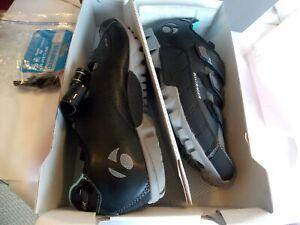 Bontrager Evoke Mountain Bike Women's shoes sz 10.5 w/cleats worn once