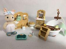 Calico critters/sylvanian families bathroom furniture w Figure & accessories