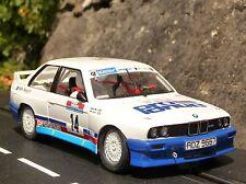 Fly BMW m3 e30 Rallye Prodrive en 1:32 également pour CARRERA EVOLUTION fy038102