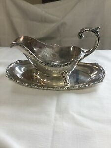 International Fine Arts Processional Gravy Boat & Under-plate Silver Plate Delux