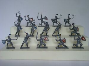 Medieval Knights /  Old Soviet Union Production / Lot of 15 in all 6 Poses