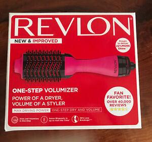 NEW IN BOX REVLON SALON ONE-STEP IONIC HAIR DRYER AND VOLUMIZER  RVDR5222 PINK
