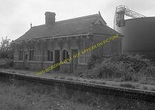 North Walsham Town Railway Station Photo. Felmingham - Honing. Aylsham Line. (8)