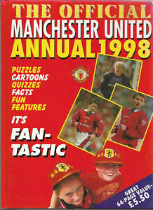 3 official Manchester United Annuals 1998, 2000 & 2002 vgc