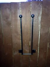 1 PAIR WROUGHT IRON WALL MOUNTED WELLY WELLINGTON BOOT RACK STAND 3/4/5/6 AV