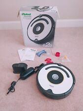 iRobot Roomba 620 Automatic Vacuum Cleaning Unit **Needs New Battery