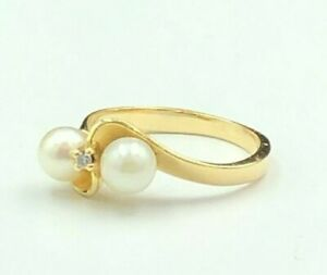 Solid 14K Yellow Gold Twist Design Pearl Ring W Small Diamond In Center