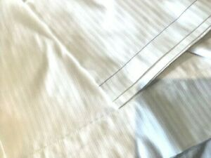 LARGE BANQUETING TABLE CLOTH IN WHITE SIZE 212 x 305CM  COTTON/POLY
