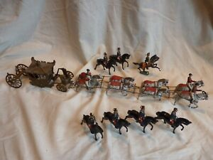 COLLECTABLE BRITAINS HISTORICAL SERIES HER MAJESTY'S STATE COACH & OTHERS,DAMAGE