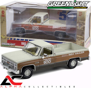 GREENLIGHT 13564 1:18 1983 GMC SIERRA CLASSIC 1500 67TH INDY 500 OFFICIAL TRUCK
