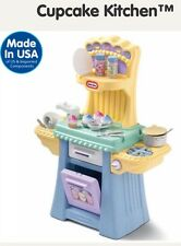 ************Little Tikes Cupcake Kitchen **** ********What A Deal ****VHTF****