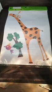 Little Green Men Removable Wall Decals - Jeremy the Giraffe               B2LHS