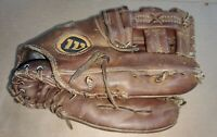 Vtg Wilson A2000-XLO Baseball Glove / Made In The USA / Right Handed Throw 1974