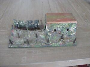 Elastolin trench and bunker