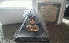 Bradford Exchange Nefertiti Pyramid rare with Certificate