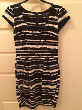 DOROTHY PERKINS Black / White Cap Sleeve Shift Dress - Size UK 12 / US 8