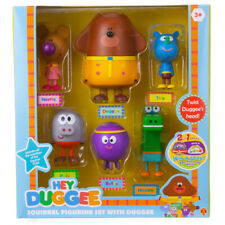 Hey Duggee Squirrel Figurine Set with Duggee & Friends - 6 Figurine Pack