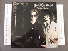 DARYL HALL JOHN OATES BEAUTY AND BACK STREET LP W/ LYRIC INSERT AFL1-2300