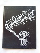 1981 PIUS X HIGH SCHOOL YEARBOOK BANGOR, PENNSYLVANIA  THE CLAVES   UNMARKED!