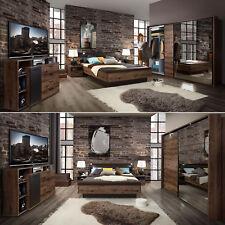 Schlafzimmer Jacky Bettanlage Fußbank Schwebetürenschrank Kommode Beleuchtung