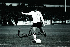 Tottenham Hotspur F.C Martin Peters Hand Signed Photo 12x8 2.