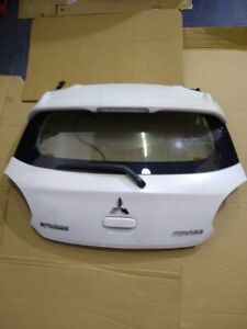 14-18 MITSUBISHI MIRAGE Rear Door Hatch Back Lift gate Trunk WHITE AS-IS Wiper