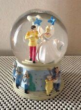 DISNEY CINDERELLA PRINCE CHARMING WEDDING MUSICAL WATERGLOBE / SNOWGLOBE