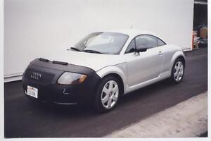 Colgan Front End Mask Bra 2pc. Fits Audi TT 2000-2006 W/O Lic.Plate,W/HL Washer