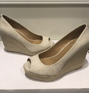 Coach Milan Pump Women Sz 9.5 B Beige Fabric Peep Toe Espadrille Wedge Heel Shoe