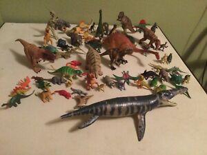 68 Piece Plastic Dinosaurs Lot