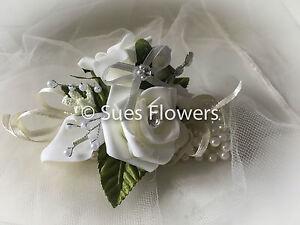 WEDDING FLOWERS IVORY PEARL BRACELET WRIST CORSAGE