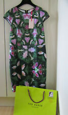 Lovely brand new Ted Baker Kingdom bodycon dress pink green size 4 14