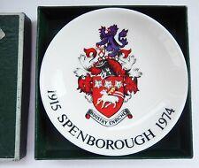 PLATO Bandeja De Souvenir Minton Pin Conmemorativo spenborough Crest 1915 - 1974 Y Caja