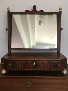 Lovely Antique Federal Shaving Mirror Stand Bow Front & Key Circa 1820, MB233