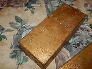 Vintage James Bond 007 GOLDFINGER 1965 Gold Brick numbered