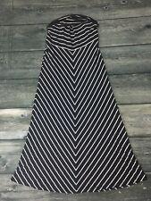 Motherhood Maternity Long Maxi Skirt Chevron Navy White Medium