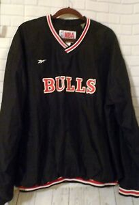Men's 1990's Size XL Chicago Bulls Reebok V Neck Pullover Jacket Outerwear