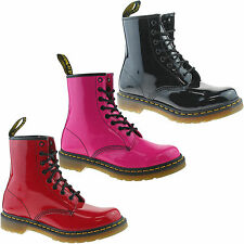 LADIES DR MARTENS 1460W BLACK PINK RED PATENT LEATHER 8 EYELET LACE UP BOOTS