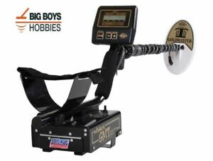 White's goldmaster metal detector