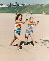 Charlie's Angels Jaclyn Smith Cheryl Ladd draw guns on beach 8x10 photo