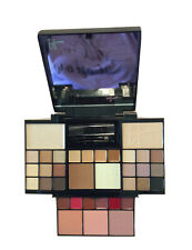 New It Cosmetic Naturally Pretty Complete Face Palette Eyes cheeks lips hi lite