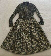Vintage Rich Black & Gold 2 piece Ls Blouse and Skirt By Hauliuetrigere