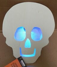 "Halloween LED Flashing Lighted Plaque Wood Creatology 6 1/2"" x 8 1/2"" Skull 127M"