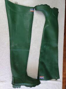 Daiwa green waders size UK 8 (rubber, Gay, Fetish boots )